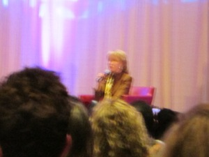 Barbara Eden- chicago 2014 (18)