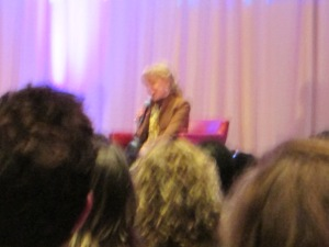 Barbara Eden- chicago 2014 (20)